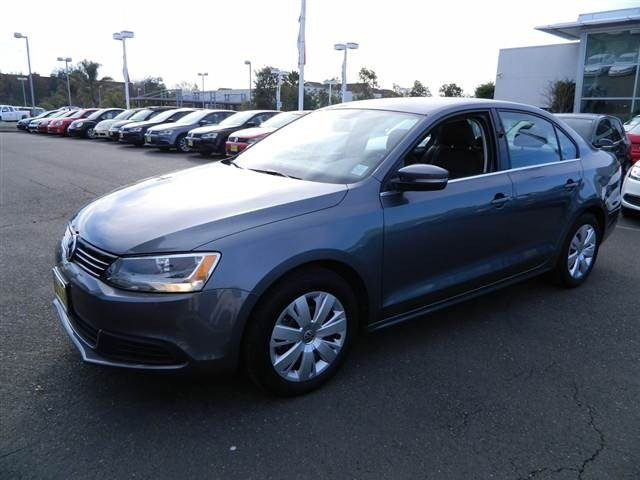 2013 Volkswagen Jetta SE Cruise Control Daytime Running Lights Front Air Conditioning Floor Mats