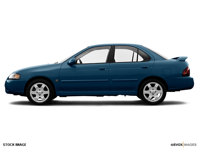 2005 Nissan Sentra Sentra Body-color bumpers Body-color body-side moldings Flush mounted one piec